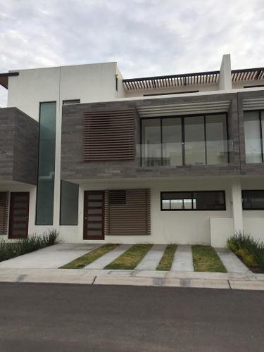 Hermosa Casa En Renta En Corregidora