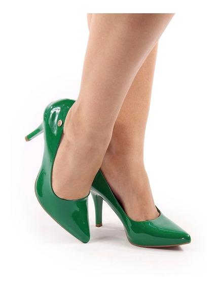 Scarpin Salto Médio Alto Verde Bandeira Verniz Bico Fino 9cm