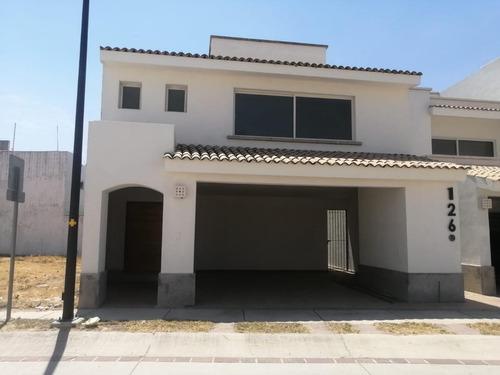 Imagen 1 de 15 de ¡¡¡ Oportunidad ¡¡¡ Casa En Venta Fraccionamiento Mayorazgo León Gto.