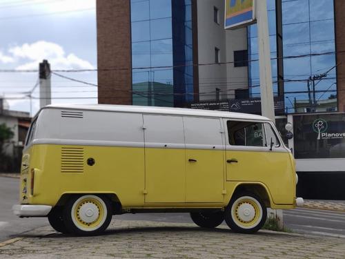 Imagem 1 de 15 de Wolkswagen Kombi