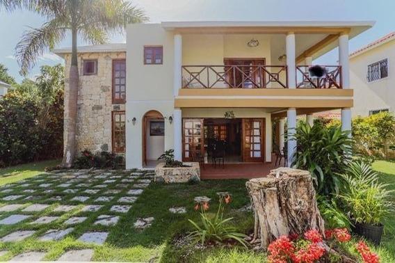 Venta Y Renta Por Noche De Casa Amueblada En Costa Bavaro