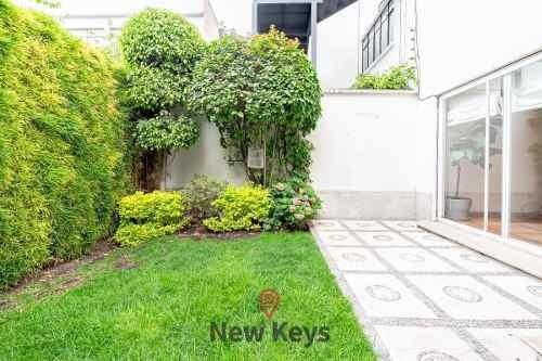 Renta Casa Polanco 400m2, 3 Niveles, Roof Garden, Jardines