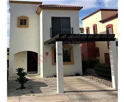 Casa En Venta En Mariposa Residencial - Interiores Renovados Y Con Diseños Modernos.