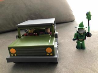 Auto Con Muñecos Roblox
