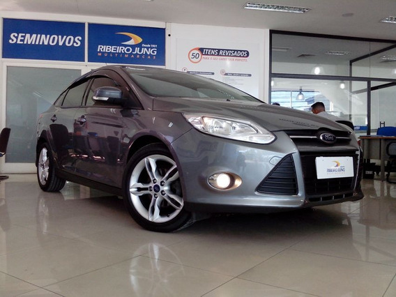 Ford Focus 2.0 Fastback Se Plus 2014 Cinza Flex