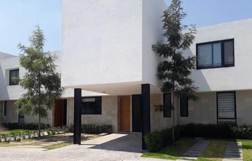 Casa En Venta En El Refugio Condominio Anhelo