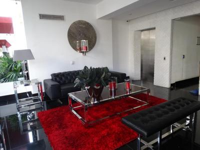 Apartamento De 3 Habitaciones, Bohio Breeze Avenida Privada