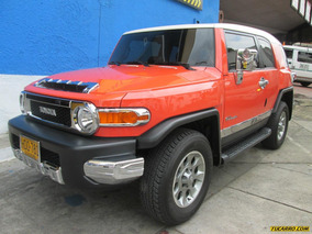 Toyota Fj Cruiser 4.0 V6 At 4000cc 5p 4x4