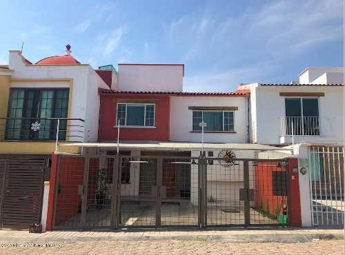 Casa En Renta En Milenio 3era Seccion, Queretaro, Rah-mx-20-809