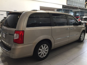 Chrysler Town & Country 3.6 Limited At Año 2013