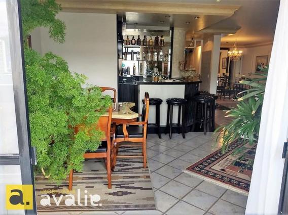 Apartamento De Nome Forte Em Uma Região Nobre, Com Piscina E 425 M² No Centro Da Cidade. - 6002431v