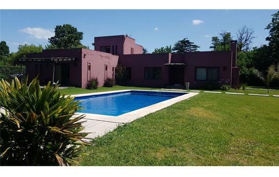 Imperdible Casa Quinta En Loma Verde