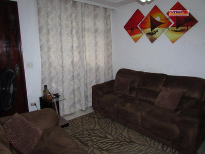 Linda Casa De Dois Dormitórios, Quital Grande, Garagem E Edícula Nos Fundos. - Ca0207