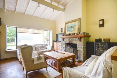 Santa Barbara, 3 Dorm. Pileta (190401)