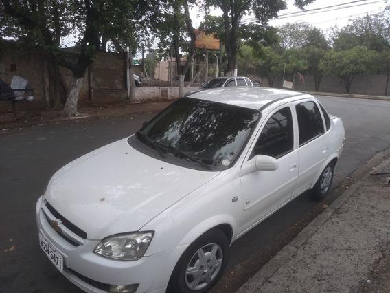 Chevrolet Classic Sedan 1.0 4p Vhce Flex Ls