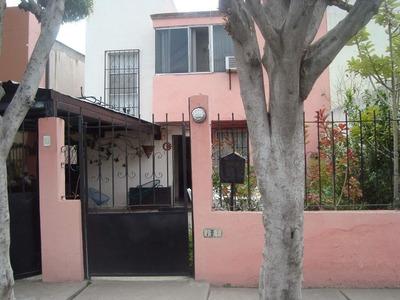Casa En Queretaro 3 Recamaras, 2 Plantas, Cochera 2 Autos