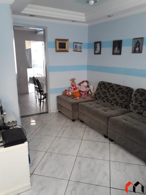 Casa Em Condominio Com Piscina - V-2907