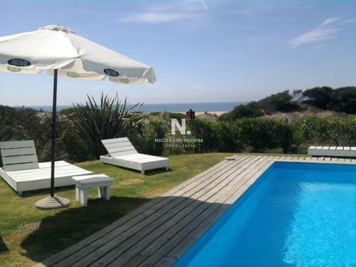Hermosa Posada Con Vista Al Mar Y Piscina En La Barra!- Ref: 2587