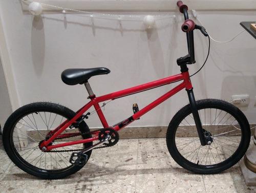 Bicicleta Cross Freestyle R 20