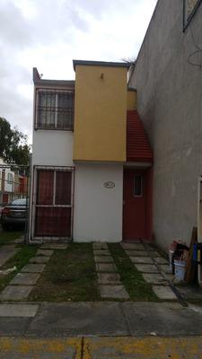 Casa Recien Remodelada En Paseos De Tultepec 2, Oportunidad.