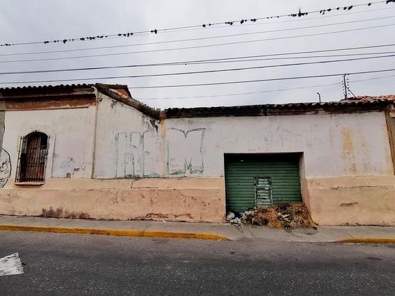 Comercial En Barquisimeto Zona Centro Flex N° 20-11729 Lp