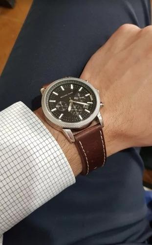 Michael Kors Crono = Seiko Omega Tissot Orient Citizen Rolex