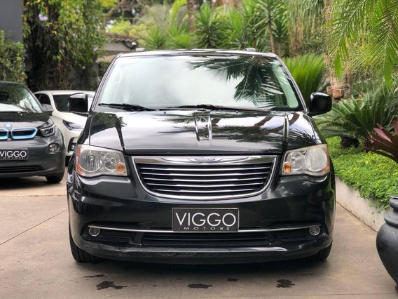 Chrysler Town & Country 3.6 Touring V6 24v Gasolina 4p