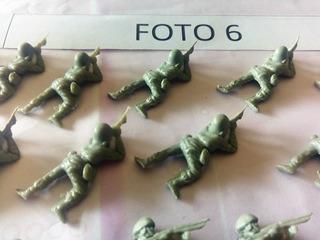 Lote De Soldaditos Antiguos Muñequitos 25 Unidades