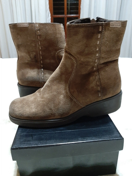 Botas Gamuza Marron Hush Puppies T. 38