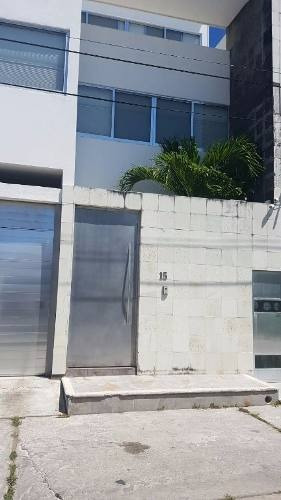 Se Vende Casa En Av. Eugenio Echeverria Castellot