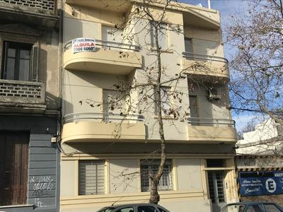 Apartamento 3 Dormitorios, W. F. Aldunate, Centro.