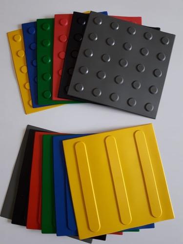 Piso Tátil Alerta/ Direcional Pvc 25x25x0,5cm Kit 8 Peças