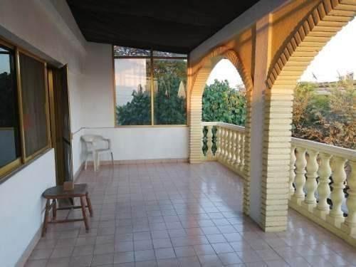 Hermosa Casa Familiar En Colima