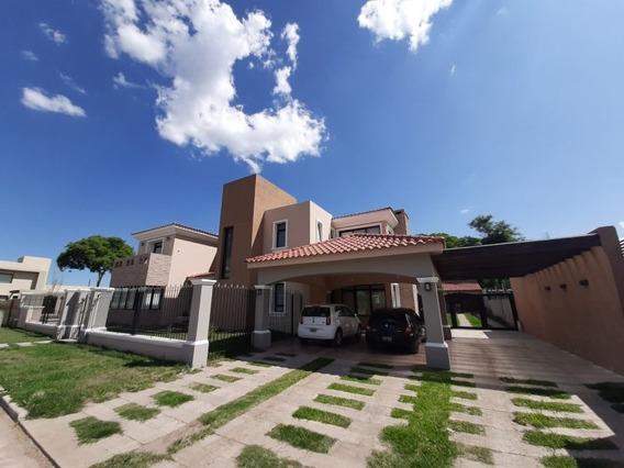 Exclusiva Casa En Barrio Higuerillas
