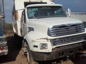 Camión Sterling L 8513 2006 Aceptó Cambió