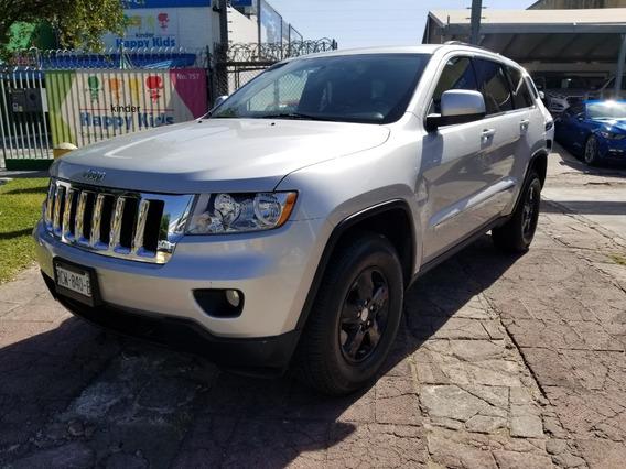 Jeep Grand Cherokee 3.6 Laredo V6 4x2 Mt