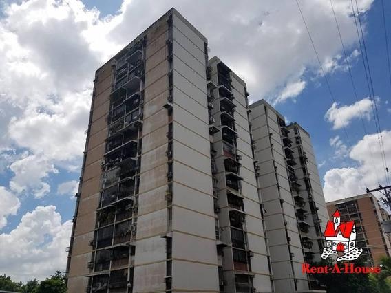 Apartamento En Venta En Urb San Jacinto Cod 20-12904 Sh