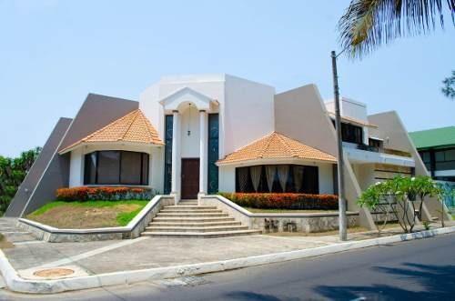 Casa De Lujo Con Alberca En Venta, Costa De Oro, Boca Del Río, Veracruz