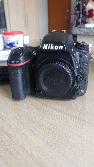 Câmera D750 Nikon