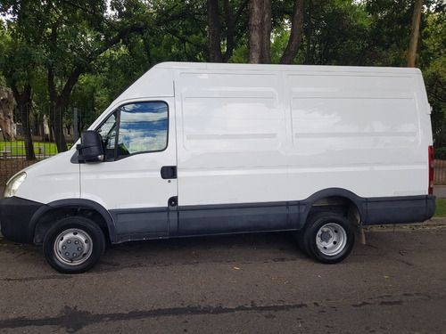 Iveco Daily Furgon 55c17    12 Mts