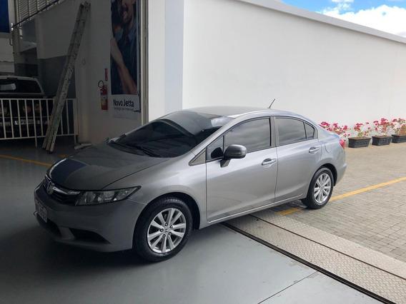 Honda Civic Econômico E Conservado