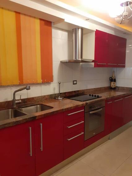 Apartamento En Venta En El Bosque 04243050970