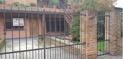 Casa 6 Ambientes - 2 Habitaciones - 2 Baños Escucho Ofertas