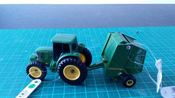 Mini Trator C/ Implemento P/ Algodão Jhon Deere 1/64