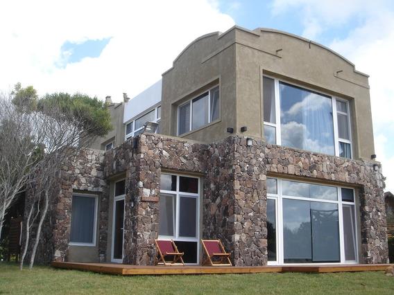 Casa En Cariló Sobre Playa. A Mts Balneario Hemingway. Lambe