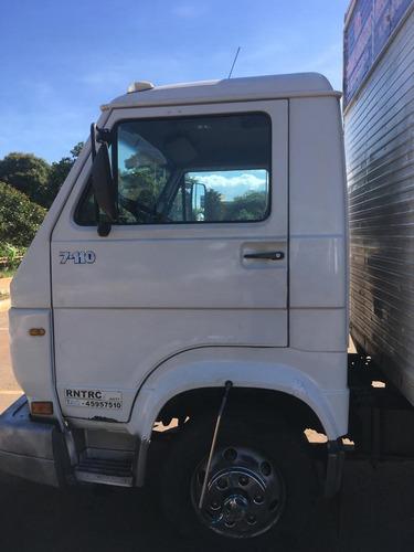 Volkesvagen 7110 Caminhão