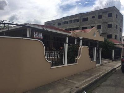 Se Vende Casa San Francisco De Macoris, Caperuza 2