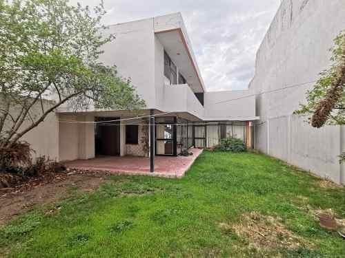 Oportunidad De Inversión: Casa En Venta En Jardines Del Moral, León
