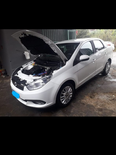 Fiat Grand Siena 2015 1.4 Attractive Flex 4p