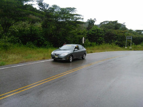 Hyundai Elantra Sedan 2011 2010